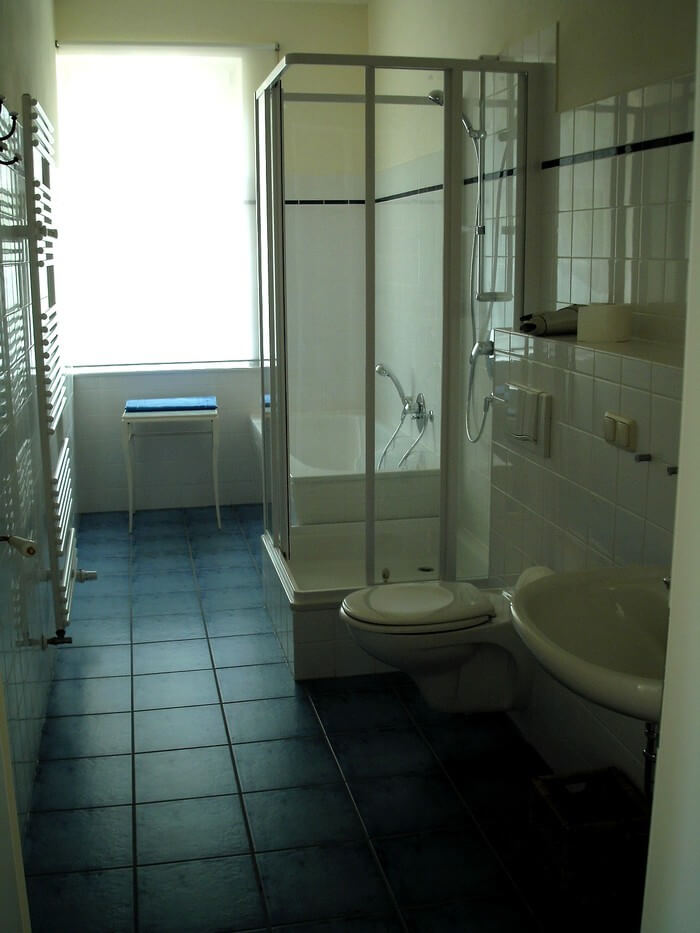 Badezimmer Fewo 3 exemplarisch