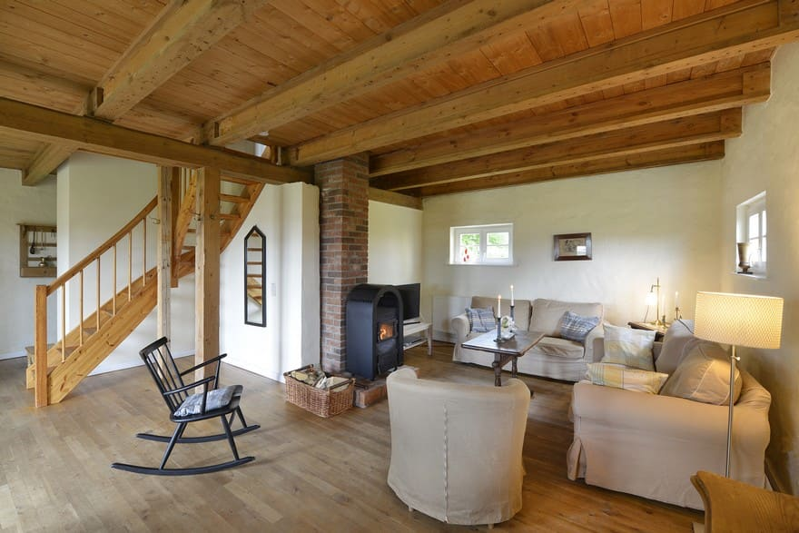Living-room carriage house