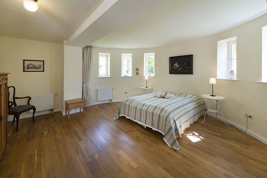 Bedroom 1 apartment II