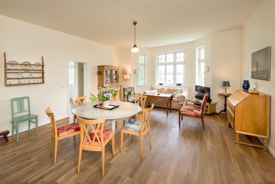 Wohn- und Essbereich Wohnung III